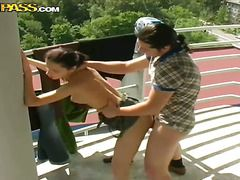 Молоденькая с большой грудью видео