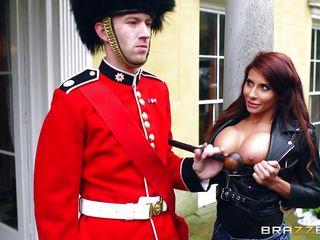 Порно огромные сиськи анал