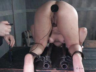 Самое жесткое бдсм порно
